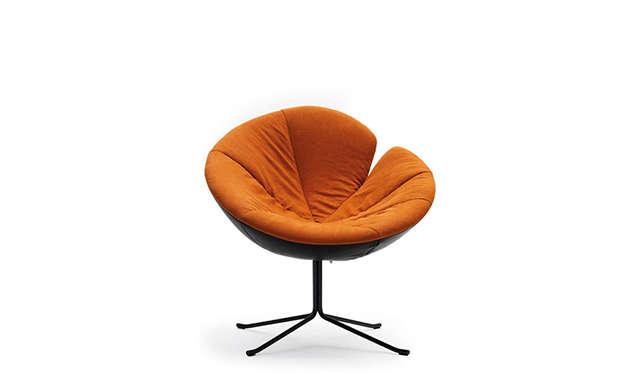 One Flo - Lounge Chair / Désirée