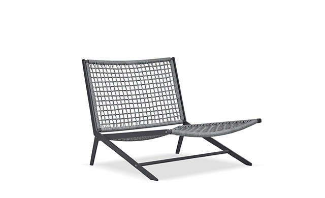 Loop - Easy Chair / Harbour Outdoor