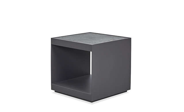 Macquarie - Side Table / Harbour Outdoor