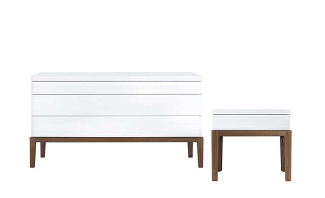 De Ville - Bedside Table / Jesse