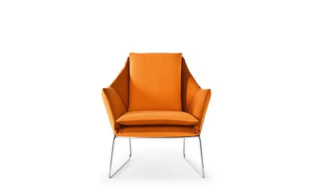 New York - Lounge Chair / Saba Italia