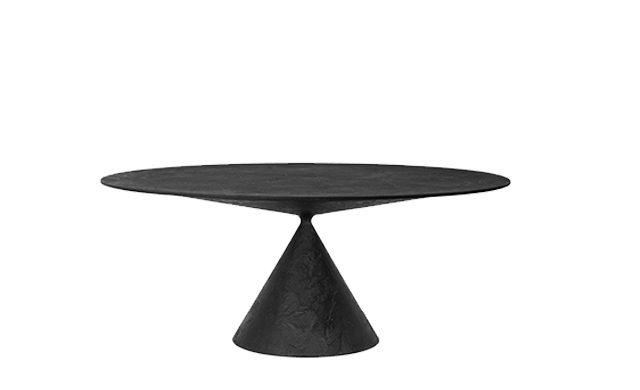 Clay - Dining Table / Desalto
