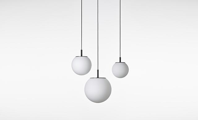 Sfera - Pendant Light / Brokis Lighting