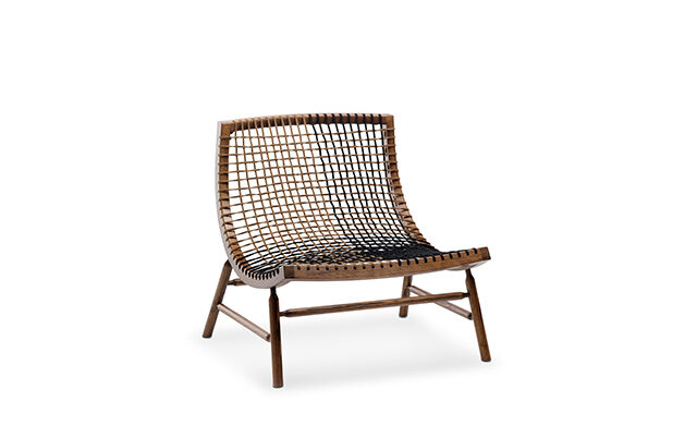 Sitar - Lounge Chair / Saba Italia