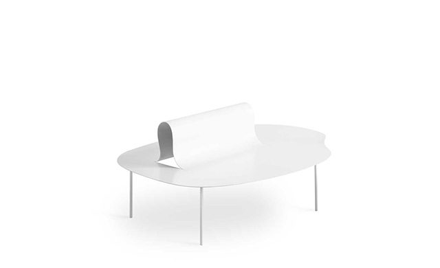 Softer than Steel - Lounge Chair / Desalto