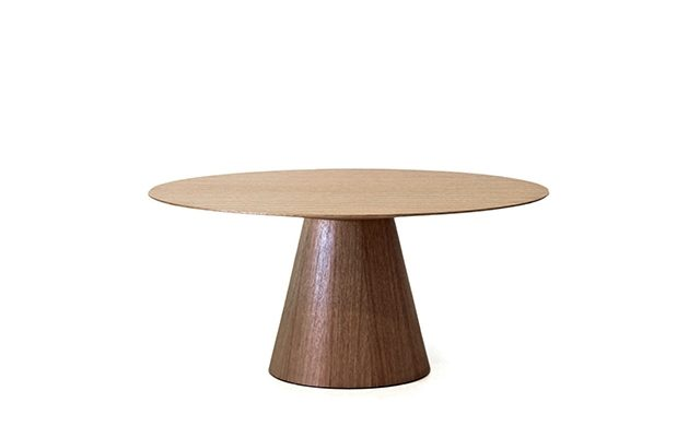 Stirrup - Dining Table / Point